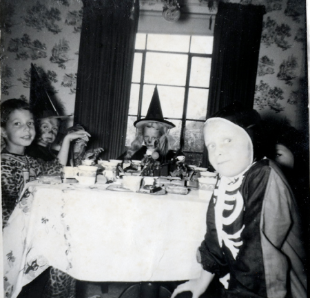 Halloween Party Skeleton Vintage