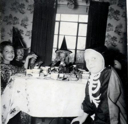 Halloween Party Skeleton Vintage