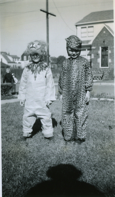 Vintage Halloween Lion Leopard