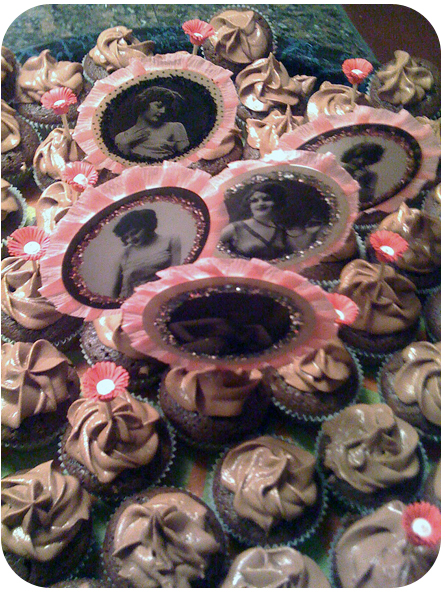 Pinup Girl Cupcakes