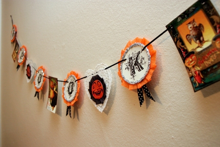 Retro SPOOKY Halloween Decoration
