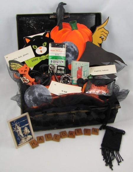 Vintage Halloween Scraps