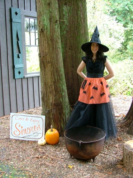 Vintage Halloween Apron Witch Costume