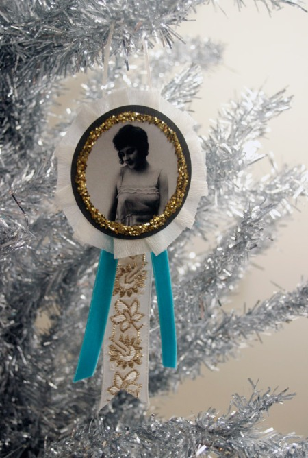 Retro Jazz Age Inspired Christmas Ornament