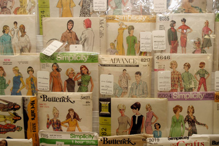 Retro Sewing Patterns at the Knittn' Ktiten
