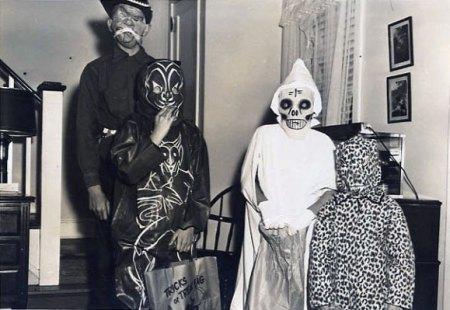 Creepy Old Halloween Costumes