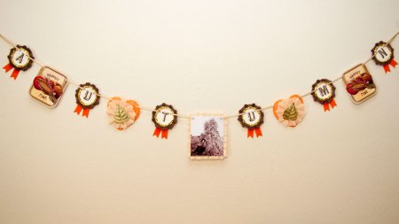 Vintage-Inspired Farm Harvest Autumn Garland